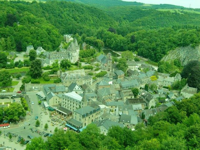 """ベルギーにある世界で一番小さな町""""デュルビュイ """""""