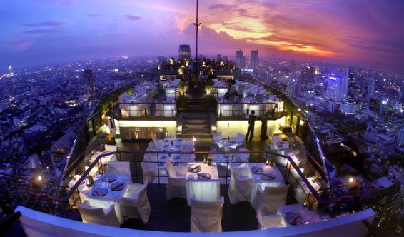 素敵な夜景をバンヤンツリーバ ンコクのルーフトップMoon Bar&Vertigoで