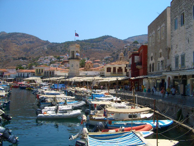 アテネから近い島、イドラ島