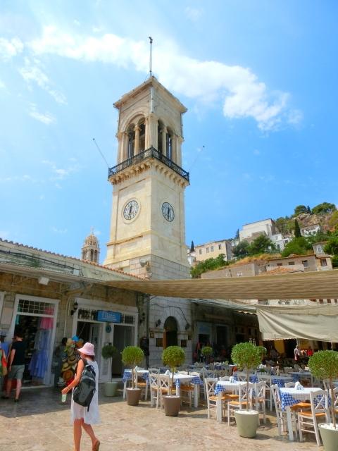 アテネから日帰りで行く島、イドラ島でゆったり島時間