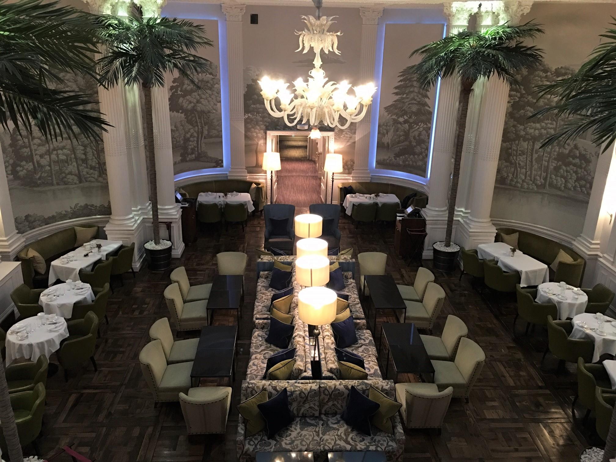 バルモラルホテルのパームコートでアフタヌーンティー
