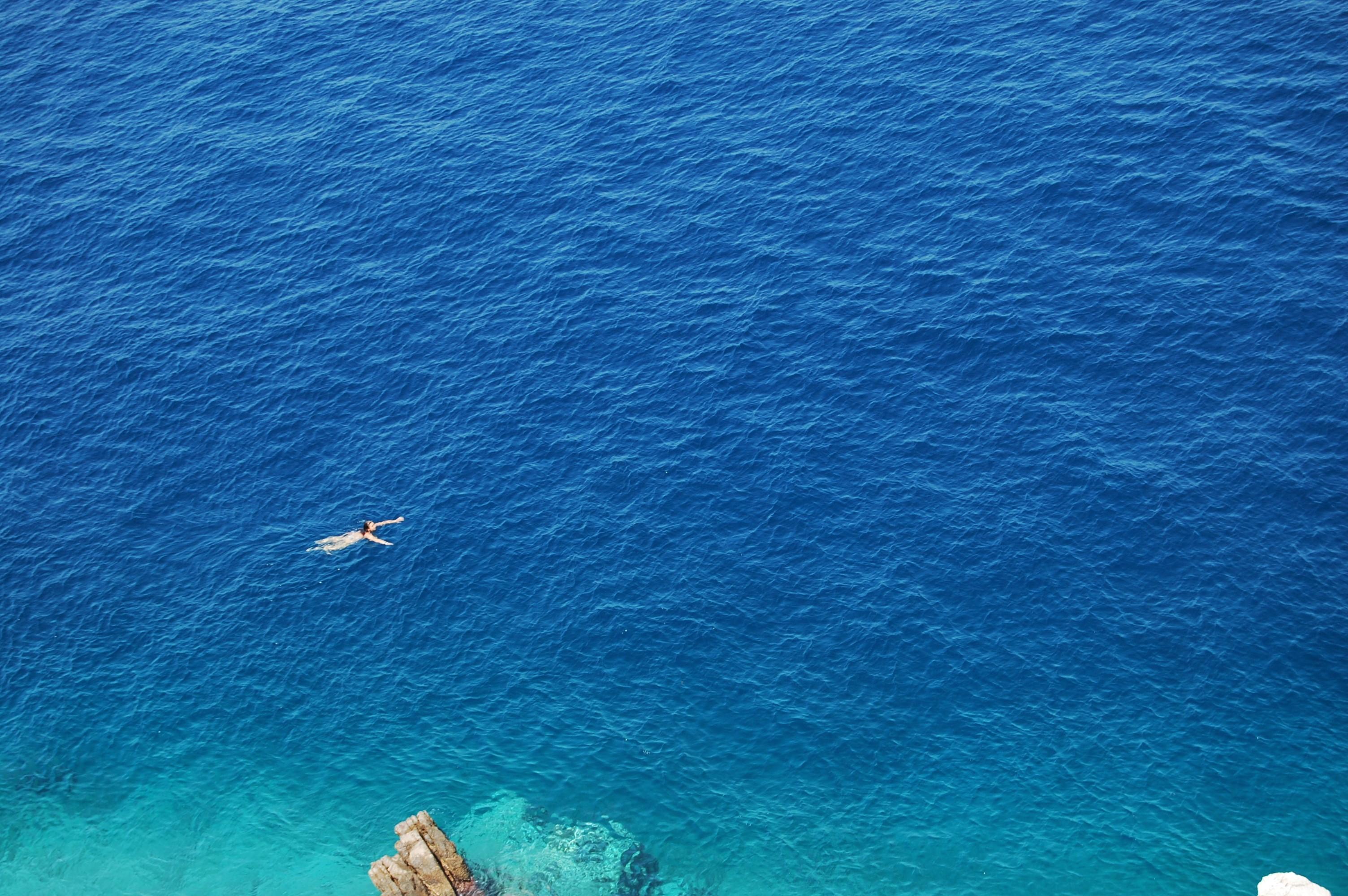 Hydra ~吸い込まれそうな碧い海!今年もイドラ島へ~