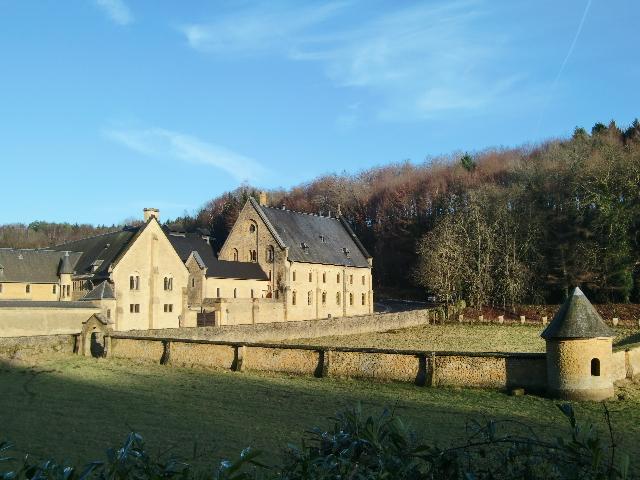 Abbaye d'Orval ~緑に抱かれたオヴァル修道院~