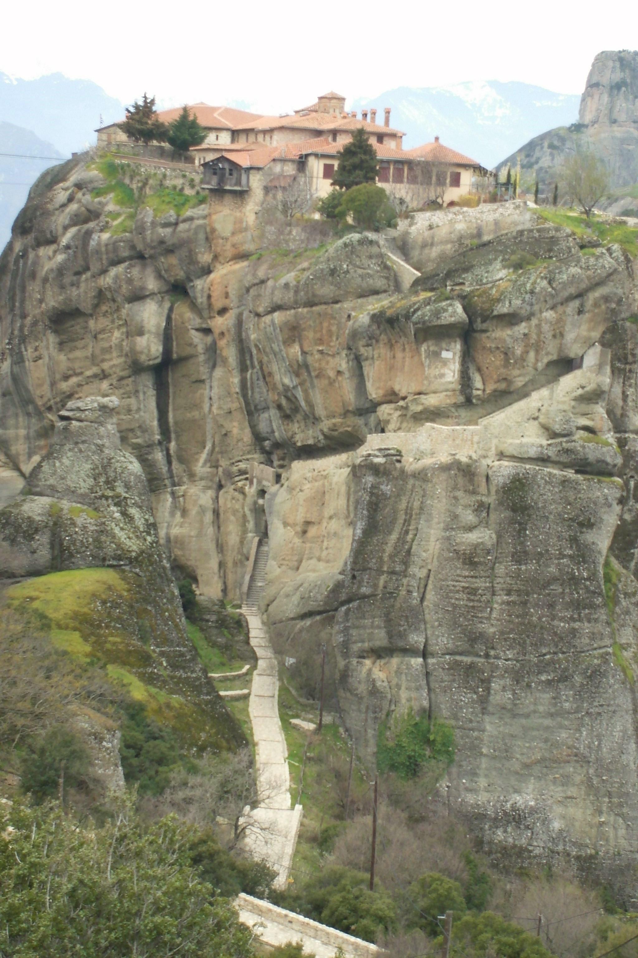 天空の聖地メテオラ、奇岩群にたつ修道院 Vol.2