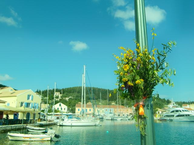 ケファロニア島のカラフルな港町Fiscardo(フィスカルド)
