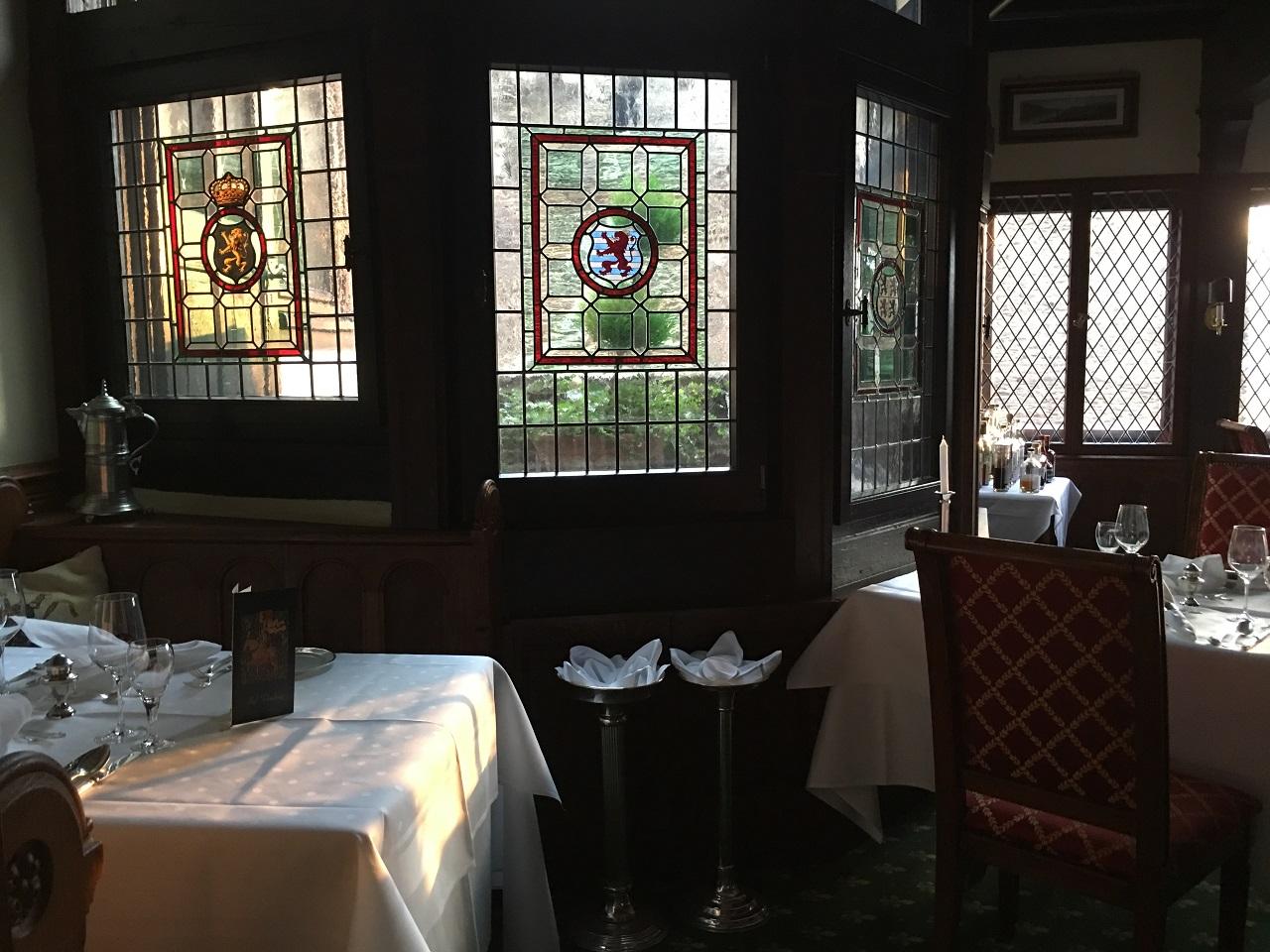 ボリュームたっぷり!ドイツの古城ホテル シェーンブルグでのディナー