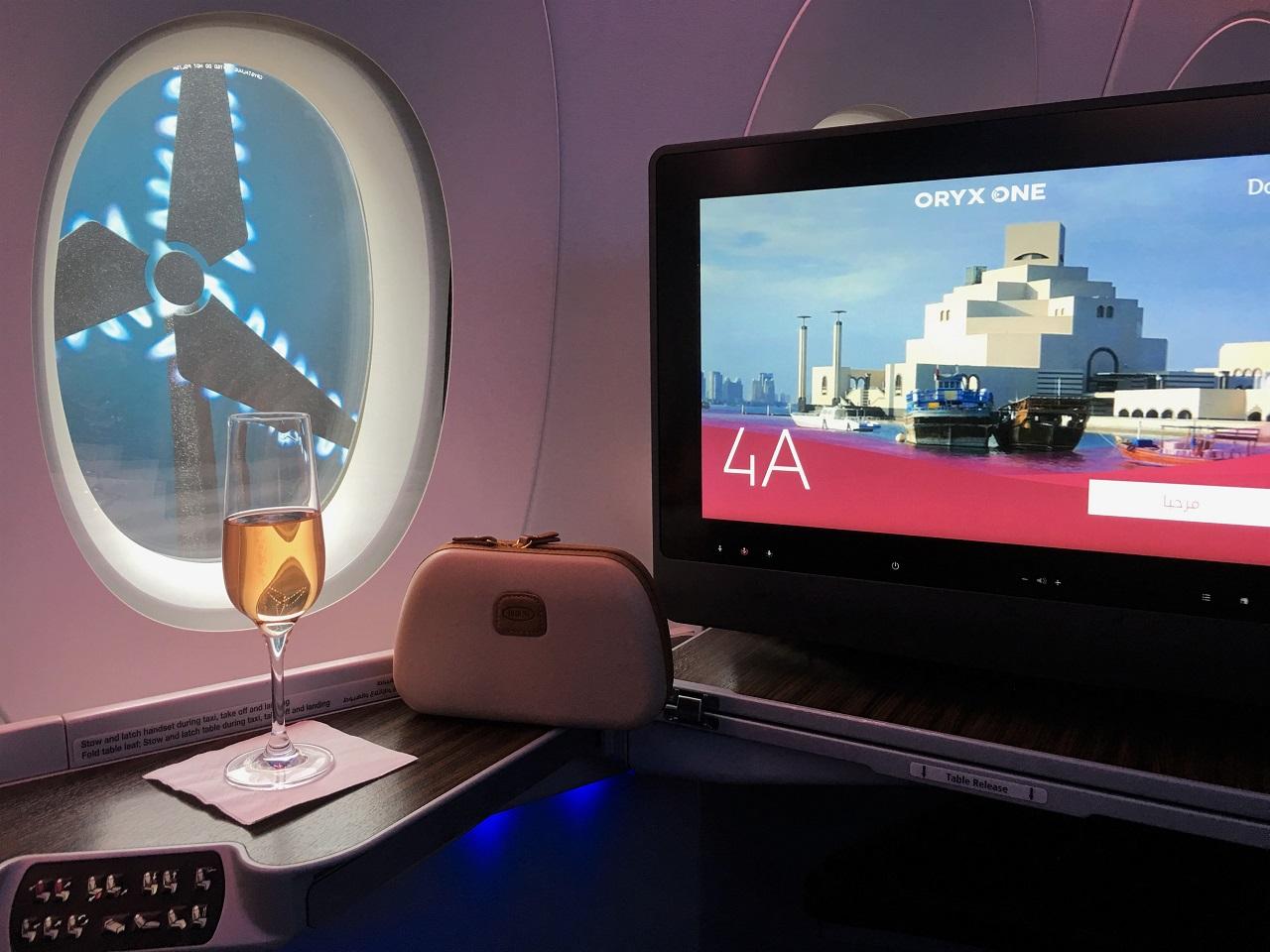 カタール航空ビジネスクラス、ドーハ経由でブリュッセル~羽田へ