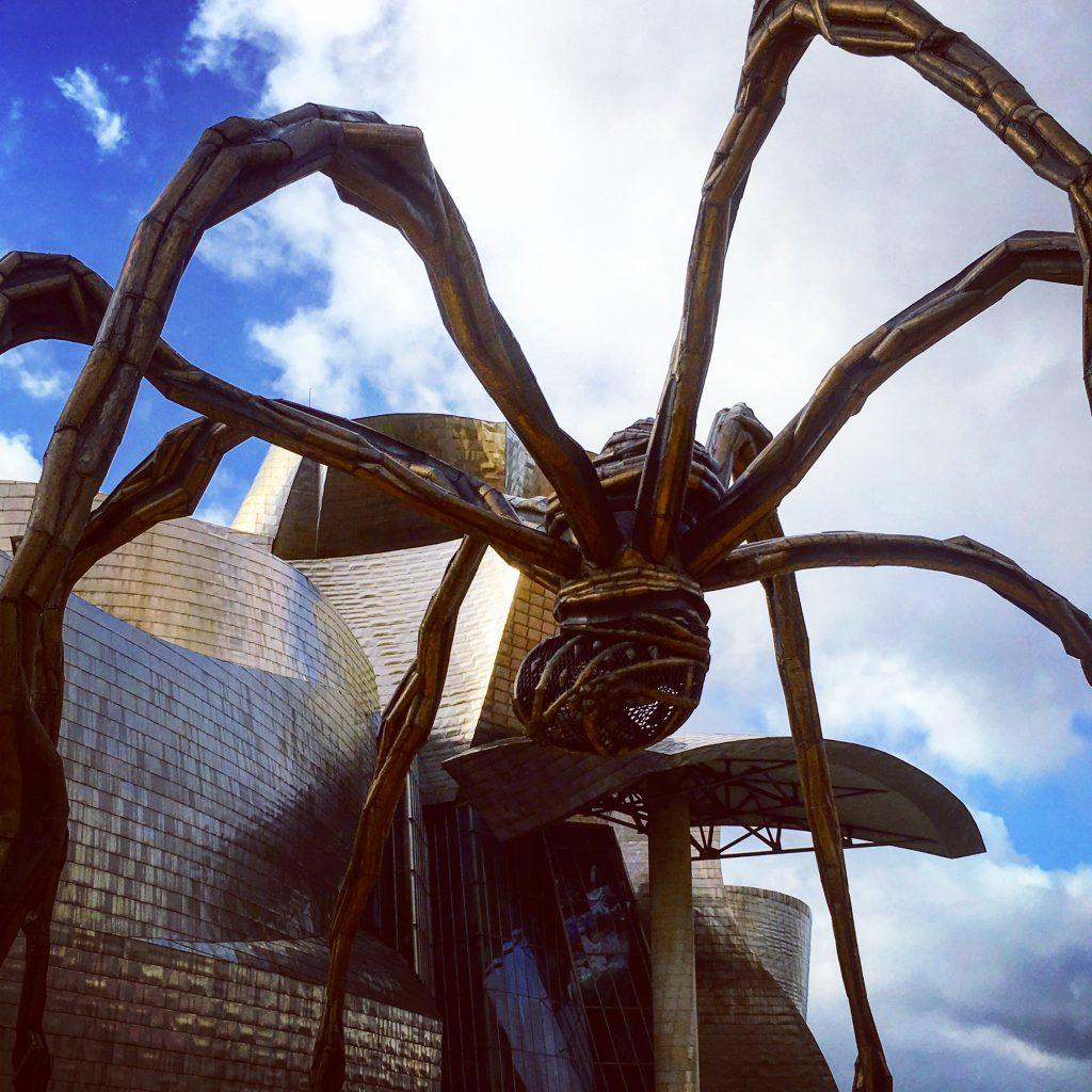 カッコイイ!ビルバオのグッケンハイム美術館