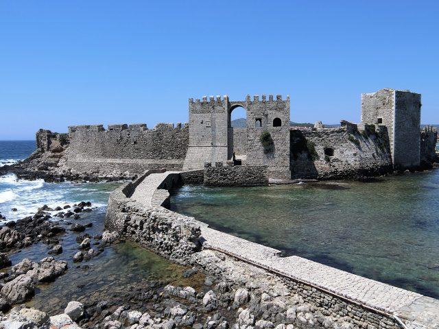 ギリシャのペロポネソス半島西南端にあるメトニ要塞