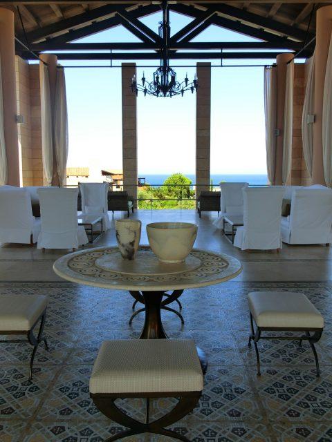 ペロポネソス半島のラグジュアリーリゾート、コスタ ナヴァリノのザ ロマノスにチェックイン♪