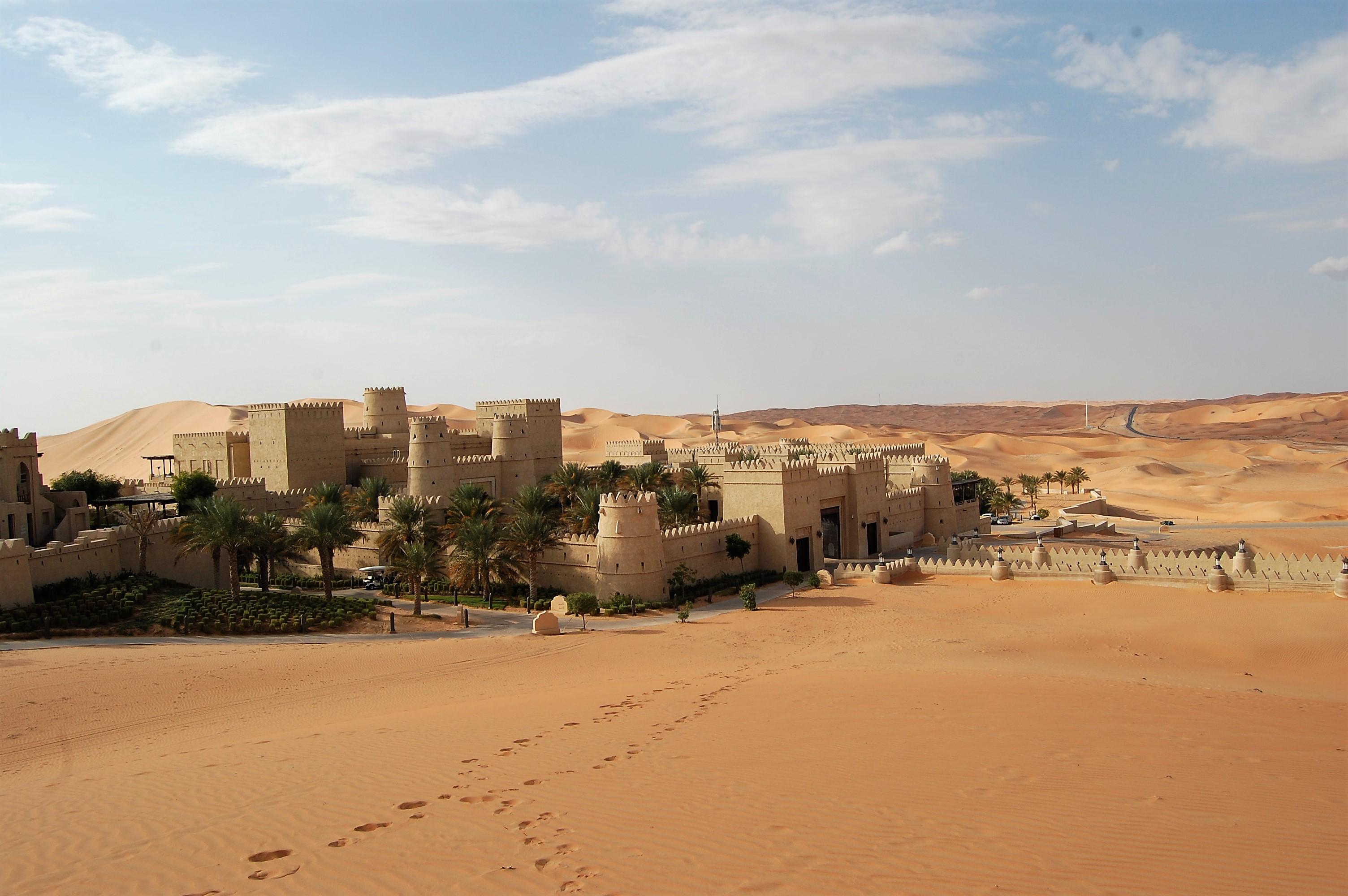 蜃気楼の城 アナンタラ カスール アル サラブ デザート リゾートにチェックイン♪