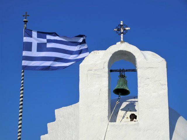 アテネから日帰りでエギナ島へ