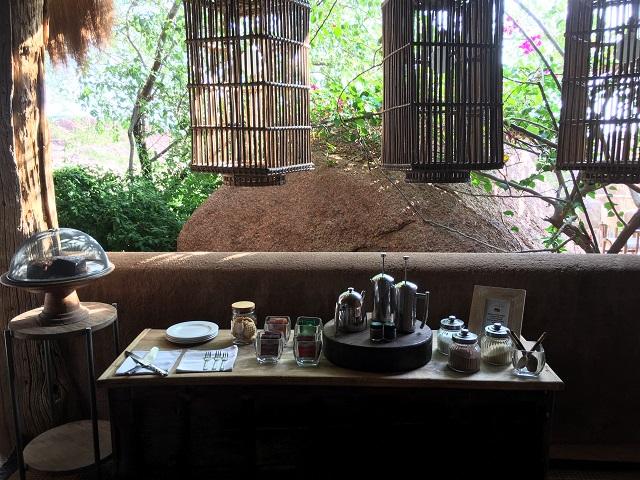 ダマラランドのキャンプ キップウイでのランチと朝ごはん