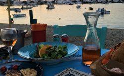 ミロス島、旅の締めくくりのディナーもポロニアの町で
