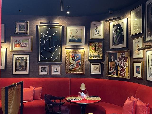 アートに囲まれて朝食@The Vagabond club
