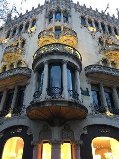 モデルニスモ建築がいっぱいなバルセロナ